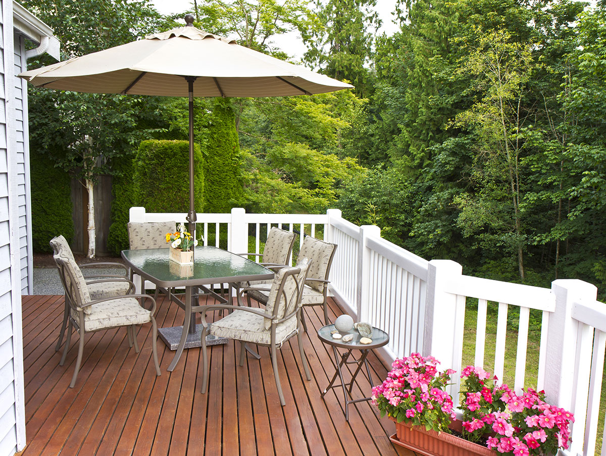 How to Get Your Residential Deck Ready For Spring and Summer
