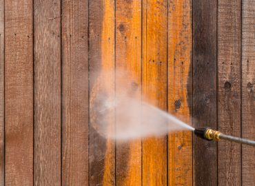 The Biggest Benefits Offered by Pressure Washing Your Fence
